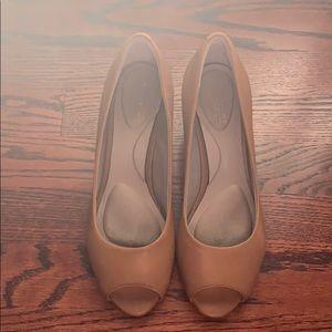 Rockport Audrina peep toe brown heel